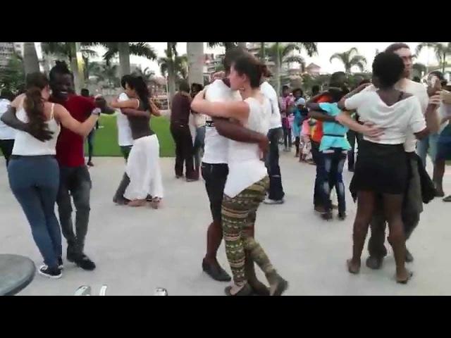 Paulo Isidoro and Sonja KikiZomba Brussels at Projecto Kizomba na Rua Baía de Luanda