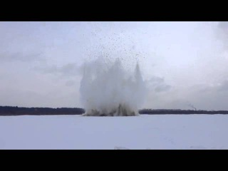 Спасатели начали взрывать ледяные заторы под Великим Устюгом