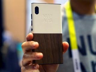 CES 2016: Самый необычный Windows 10 Mobile смартфон