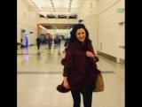 Eabha McMahon и Mairead Carlin в торговом центре