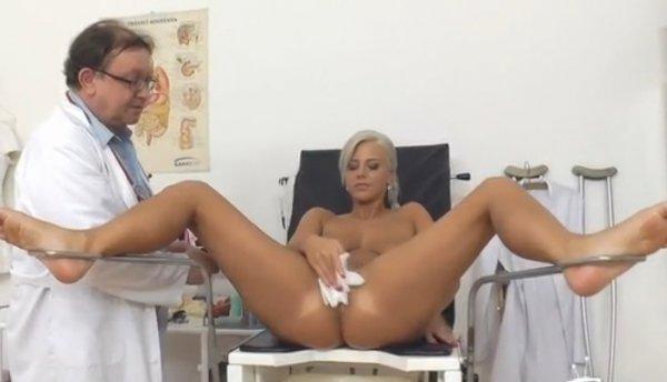 массаж девушки голышок фото с письками мушина