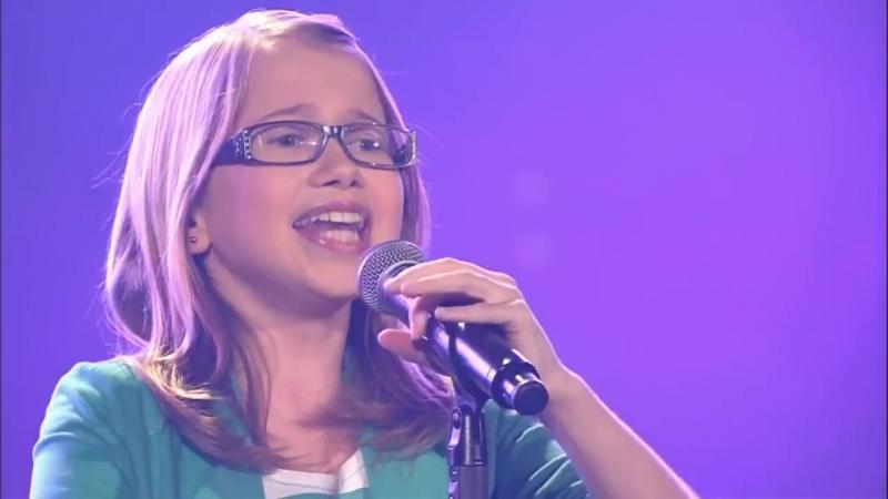 Laura Kamhuber I will always love you Voice Germani 2013 720