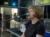 Electrelane - To The East - Live @ Paredes de Coura 2007.08.15 (0410) 43 HQ