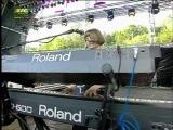 Electrelane - Bells - Live @ Paredes de Coura 2007.08.15 (0110) 43 HQ