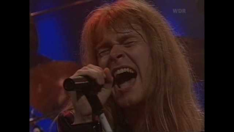 Helloween - A Tale That Wasn't Right (Live '92)