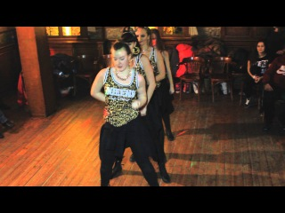 Poppi Blanca II - Dance Reggaeton Kharkov Team- шоу номер