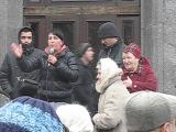 Оратор на митинге у захваченной Луганской обладминистрации