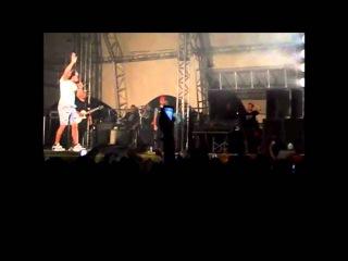 Naldo Benny da um Show de palavrões no palco em Lambari, MG