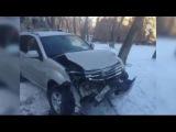 Страшная авария попала на камеры наблюдения в Челябинске