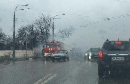 VIP-транспорт уничтожил пожар (ФОТО)