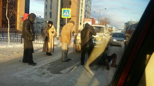 Водитель внедорожника сбил школьника на пешеходном переходе в центре Якутска