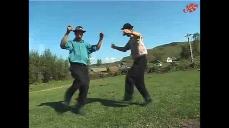 Dancing Gypsies in Transylvania 2