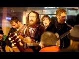 Damien Rice &amp Glen Hansard - Blower's Daughter + Creep (Busking on Grafton St Christmas Eve)