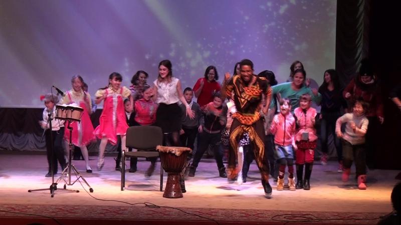 Выступление Селестина Жульена на Фестивале для приемных семей Мечетлинского р-на РБ. Папа, мама, я - дружная семья2.m2ts