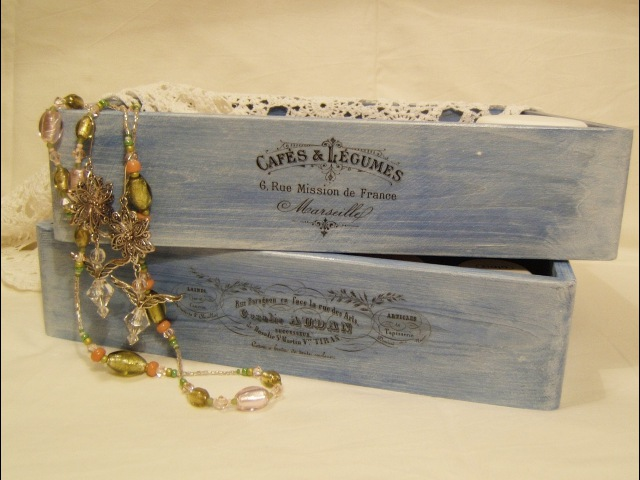 Decoupage krok po kroku bielone błękitne pudełko pasta wybielająca