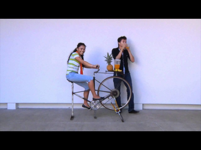 Bici licuadora. Biker mixer. Taller de video social Managua