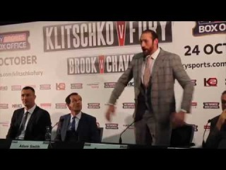 TYSON FURY LAUNCHES SCATHING OUTBURST AGAINST TEAM KLITSCHKO AT START OF PRESS CONFERENCE!