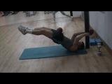Эффектная тренировка боксера в тренажерном зале (видео)