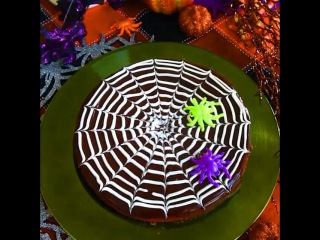 """@colorpostss on Instagram: """"HAPPY HALLOWEEN! 🎃👻 Enjoy this spooky spider food tutorial by @buzzfeedfood. #Halloween #Food #Cake What you need is: 1 cup chocolate…"""""""