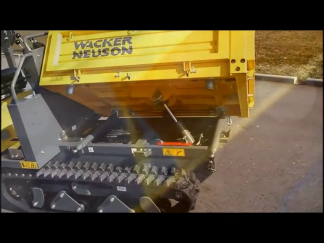Компактный думпер на гусеничном ходу Wacker Neuson DT15