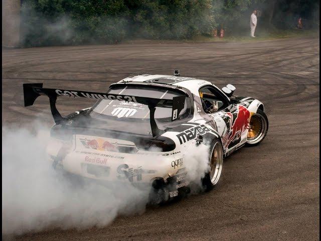 Mad Mike Mazda RX7 Drifts Huge Burnout Sounds