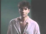 Hamlet - Act III, scene I (Kevin Kline) To be or not to be