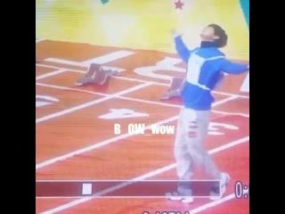 "🌻HKARMY on Instagram: ""🌻20160118 | VIDEO 無底線的耍帥 #bts #방탄소년단 #김태형 #金泰亨 ©B_ow_wow"""