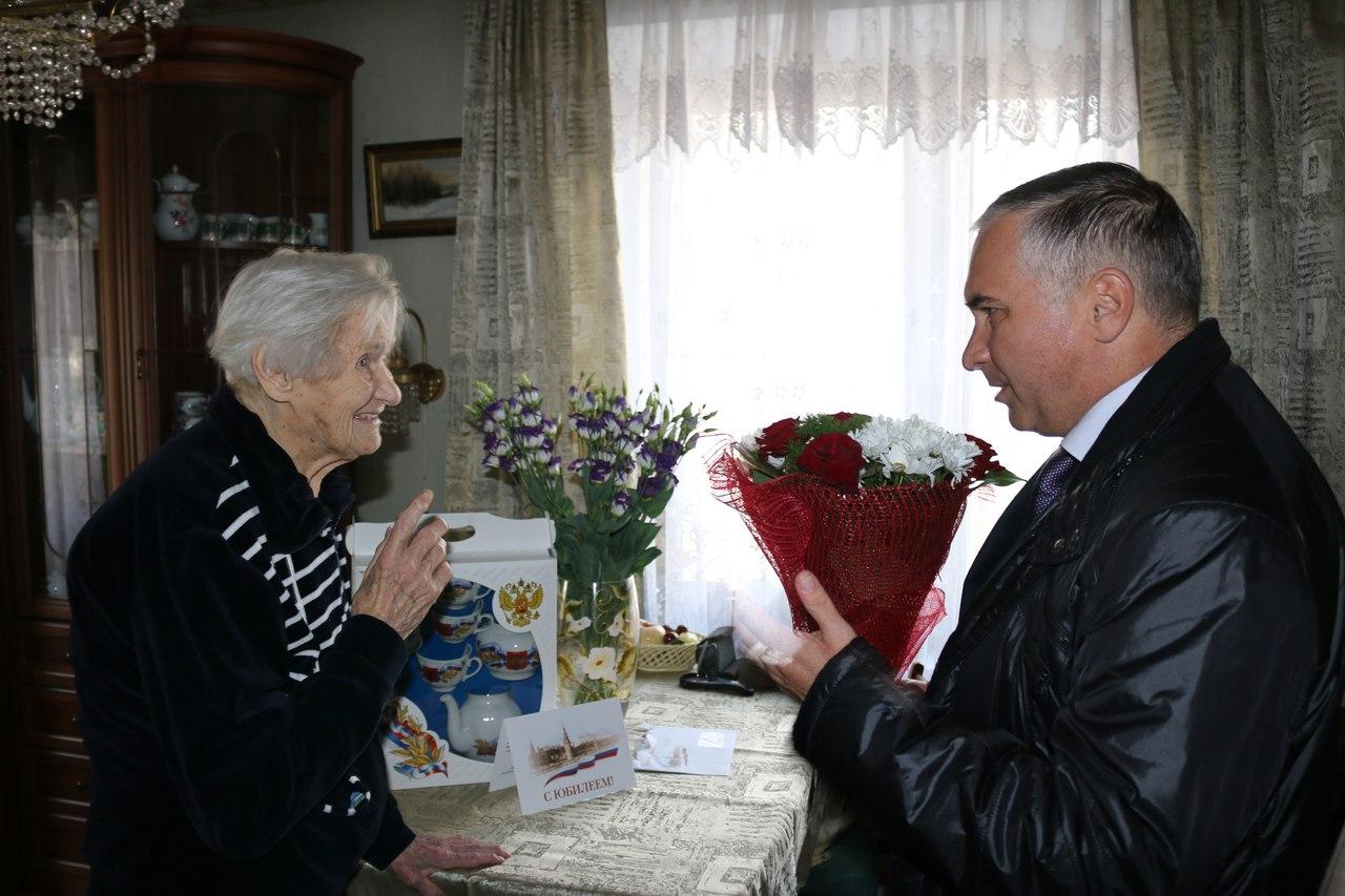 Жительница района Выхино-Жулебино отпраздновала свой 100-летний юбилей