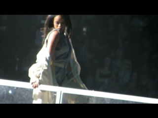 Rihanna - Sex With Me.  DVD The ANTI World Tour