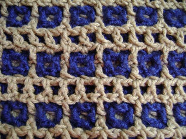Interlocking Crochet™ - Honeycomb Railroad Tracks Design