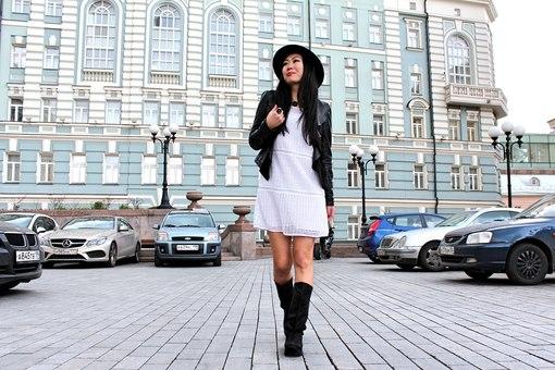 где познакомиться с азиаткой в москве:
