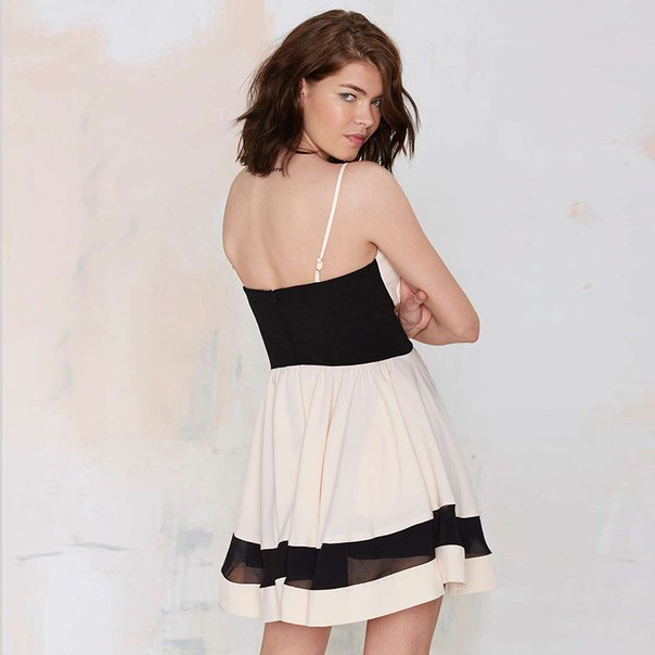Короткое платье с завышенной талией выкройка