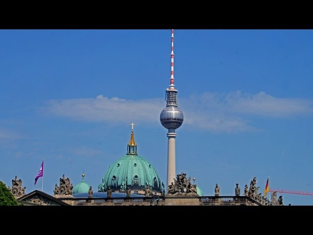 Walking in Berlin, Alexanderplatz - Brandenburger Tor