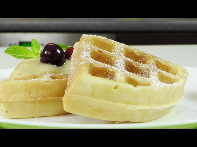 Бельгийские вафли в электровафельнице GF-020 Waffle Pro
