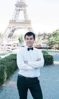 Азат Валеев