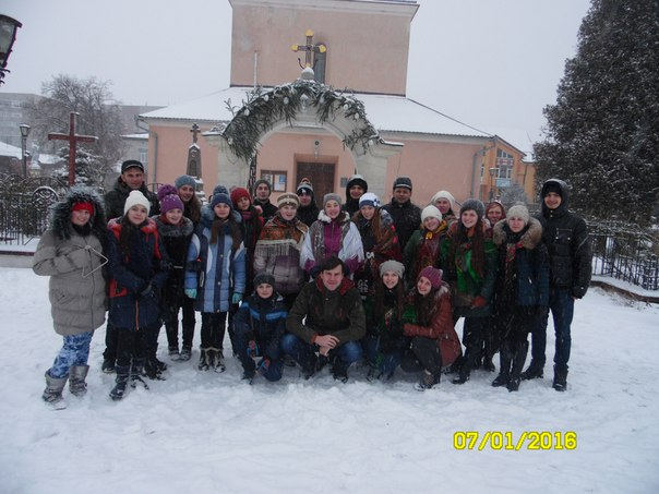 """Різдвяна коляда від """"Української молоді-Христової"""" м.Галича!"""
