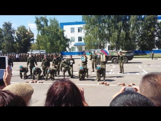 Показательные выступление 38-го полка ВДВ