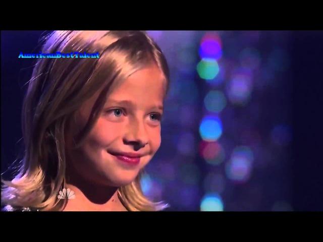 у маленькой девочки самый сильный оперный голос в мире просто шок, как она поет