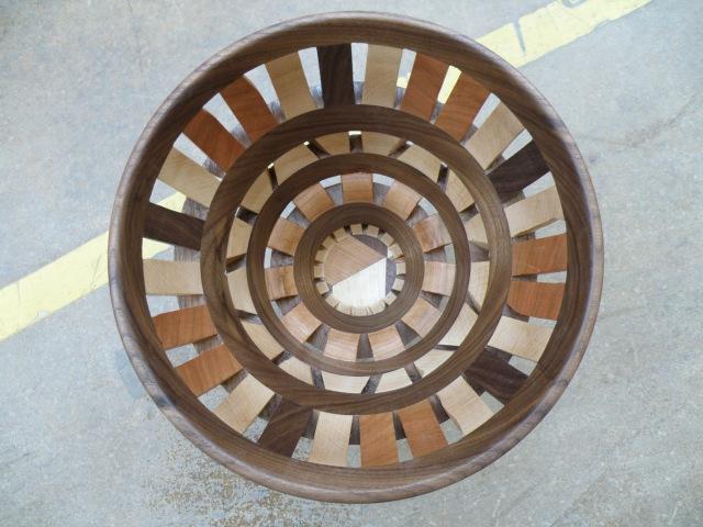 Woodturning просечная сегментная ваза