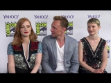 Crimson Peak Cast — SDCC 2015 Interview: «Tom Hiddleston and Jessica Chastain Recommend Cuddling During Crimson Peak» (Yahoo)