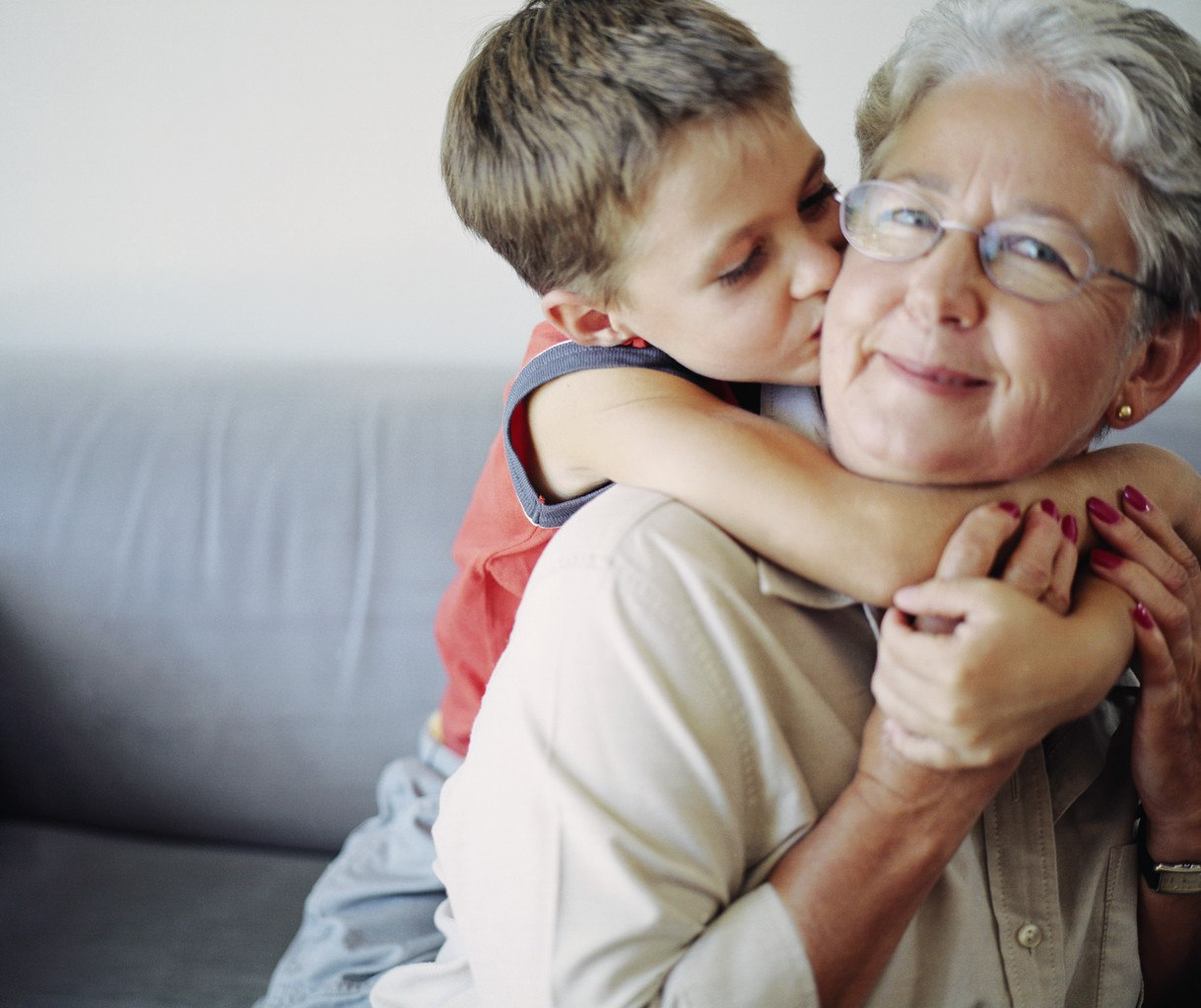 Старуха учит внука любви 14 фотография