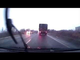 Обгон на трассе Северодвинск - Архангельск закончился двойным ДТП.