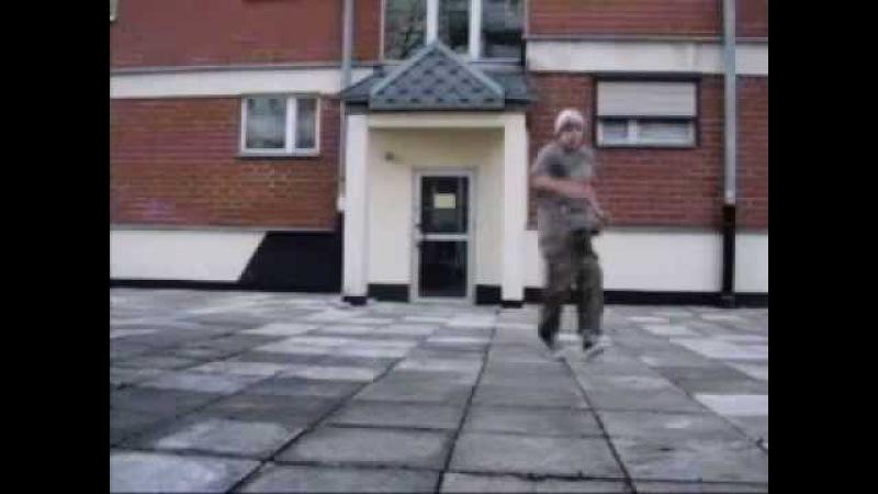 Man cotelette walking running faster Musique de Nâdiya-Si Loin De Vous