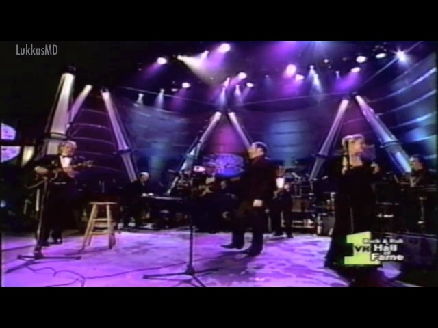 THE MAMAS AND THE PAPAS - CALIFORNIA DREAMIN (LIVE) STEREO SOUND HD
