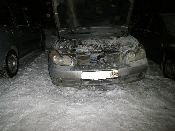 За вечер в Нижнекамске горели две машины — МЧС