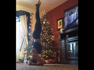 """💕Lauren Rodgers on Instagram: """"Because sometimes I like to watch 101 Dalmatians upside down, while pretending to be flexible in my AMAZINGLY comfortable new @fabletics…"""""""