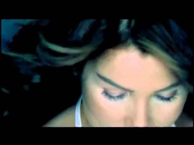 Seda Sayan - Sıkı Sıkı (Official Video)