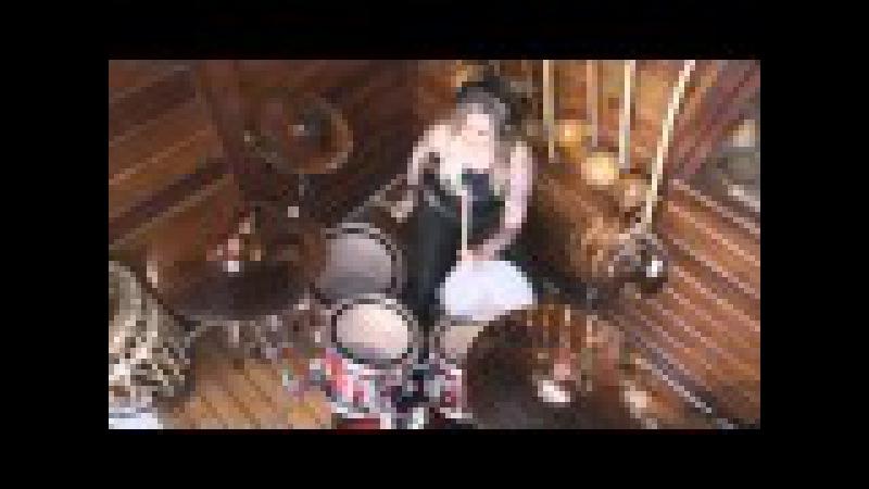 Fernanda Terra - Roots Bloody Roots - Sepultura - Drum Cover
