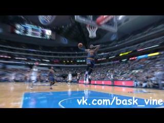 Amazing dunk by Lebron James! ( Emergency (PAZ Remix) )