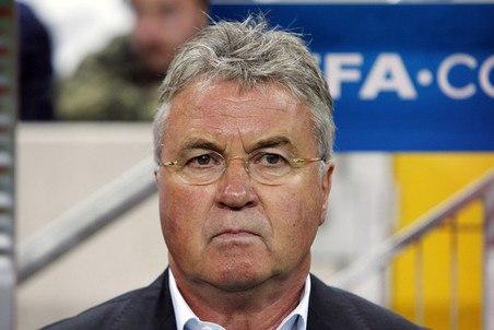"""Гус Хиддинк: """"Челси"""" сейчас в неприятной ситуации"""